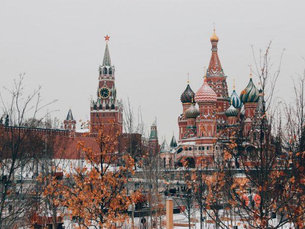 6 Best Russian Novels 2021