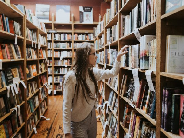 6 Best Books for College Students 2021